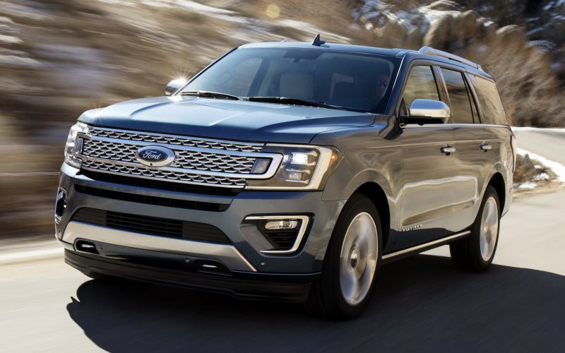 2019-Ford-Expedition-front.jpg