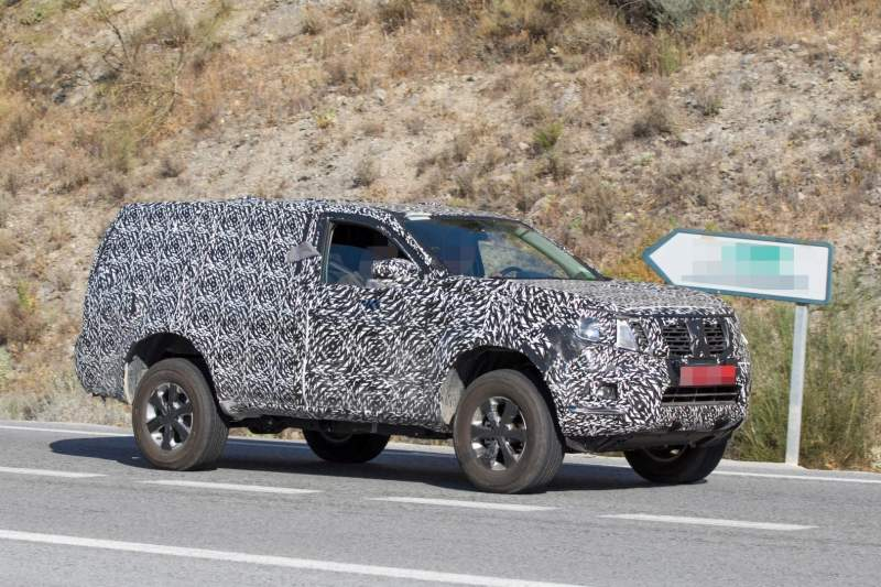 Next-gen 2019 Nissan Pathfinder Spied with Increased ...