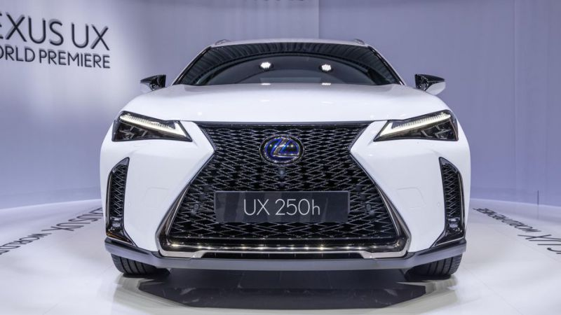 2019 lexus ux 200 and ux 250h crossovers revealed at geneva motor show 2019 2020 suvs2019. Black Bedroom Furniture Sets. Home Design Ideas