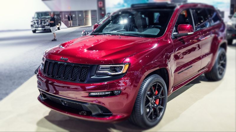 2019 Jeep Grand Cherokee SRT, Trackhawk, Review - SUV Bible