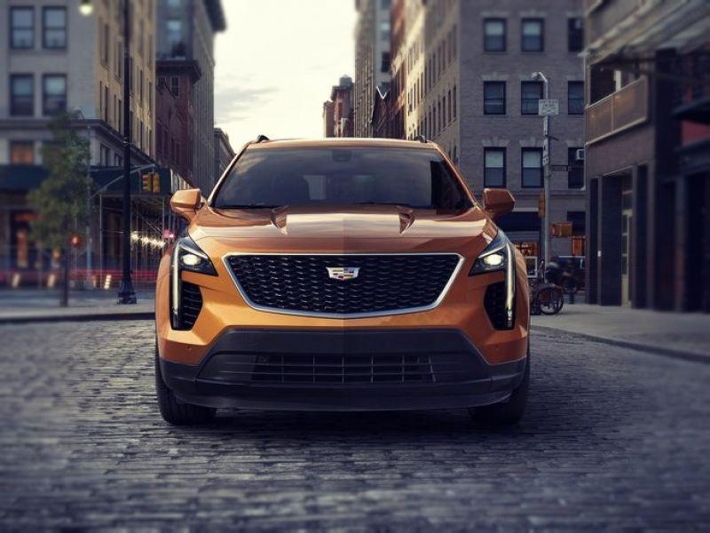 2019-Cadillac-XT4-front.jpg