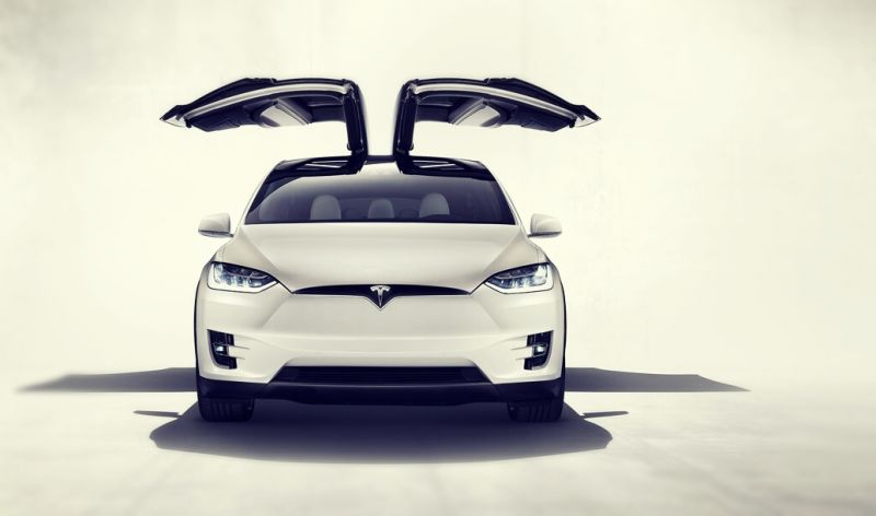 2019-Tesla-Model-X-front.jpg
