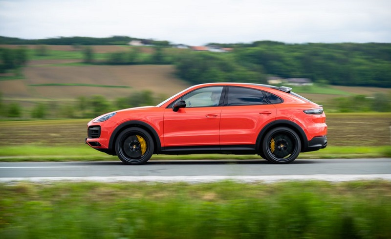2020 Porsche Cayenne Gets Coupe And Gts Versions Suv